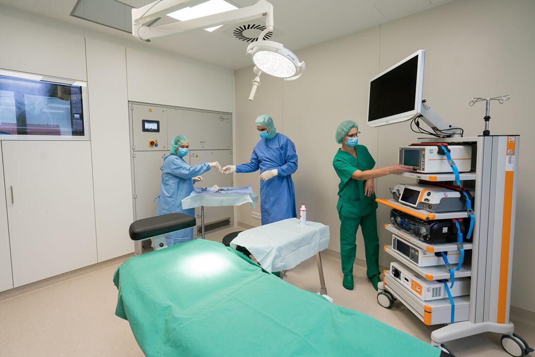 Unfallchirurg & Orthopäde Hechingen - Gfrörer - Vorbereitung für Operationen in der Praxis